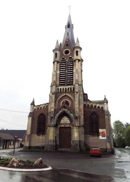 http://hainautpedia.vallibre.fr/images/thumb/f/f0/Bruay-Eglise_Saint-Pharailde.jpg/450px-Bruay-Eglise_Saint-Pharailde.jpg